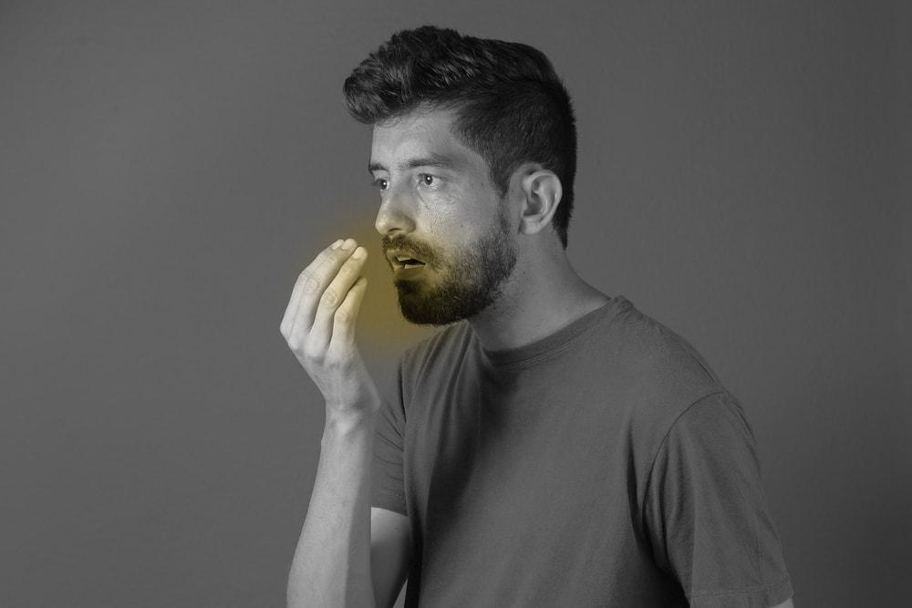 Les digestion pour être à l'origine de la mauvaise haleine